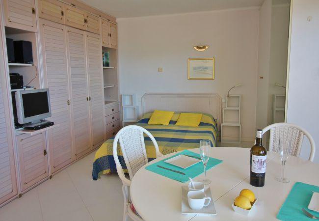 Apartamento en Palamós - A28º - ESTUDIO 1ª LINEA DE PLAYA - LA FOSCA - PARKING - WIFI
