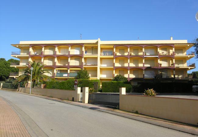 Apartamento en Palamós - SEST2-203-LA FOSCA (Palamós)-AP. 2/4 pers. a 150m de la playa VISTA MAR-