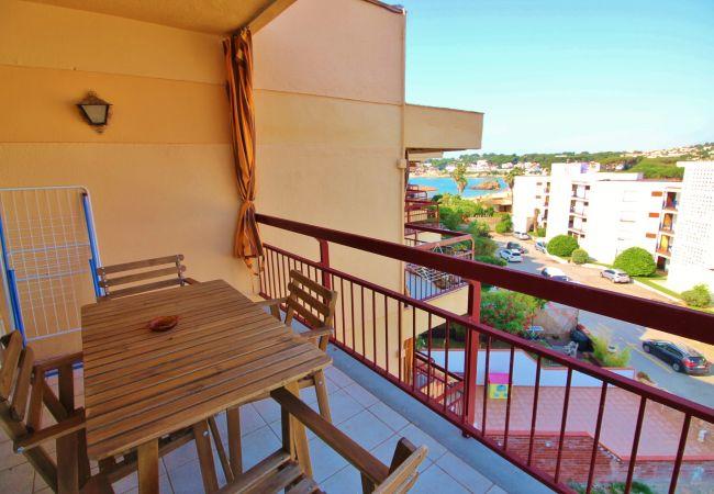 Apartamento en Palamós - W314-LA FOSCA (Palamós) -ap. 2/4 Pers.-vista mar- terraza-parking