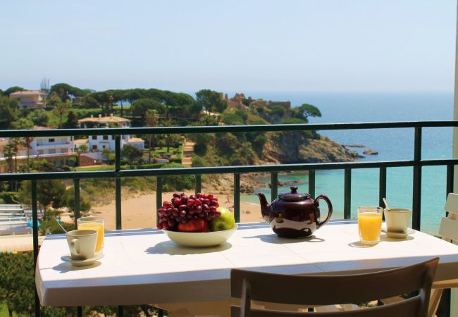 Apartment in Palamós - B28º-VERY NICE AP. STUDY  - 20 M FROM THE BEACH - SEA VIEW PARKING